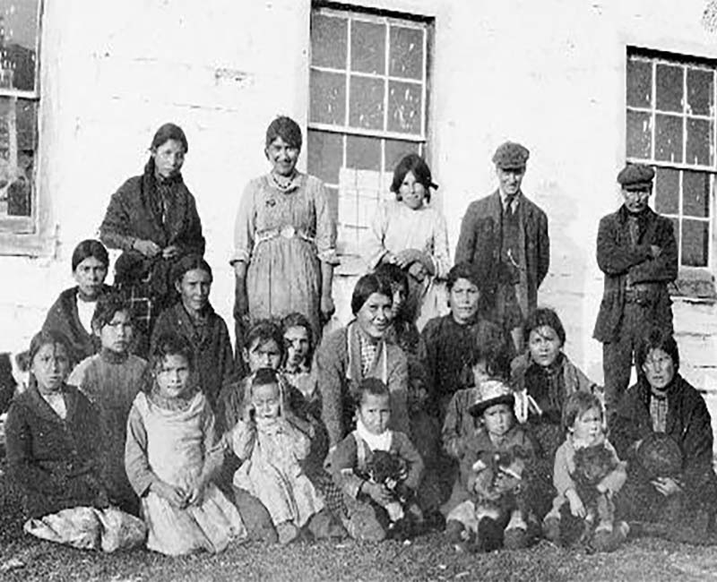 Group of people in front of Lac la Ronge school