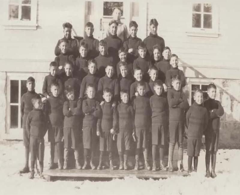 Group of students outside Sturgeon Lake Calais school