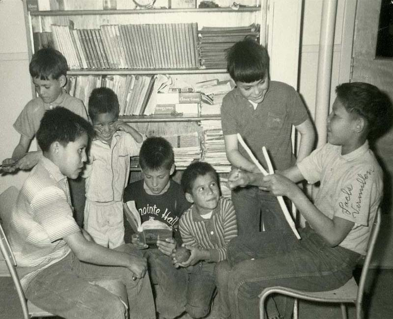 Students inside Federal Hostel at Pond Inlet