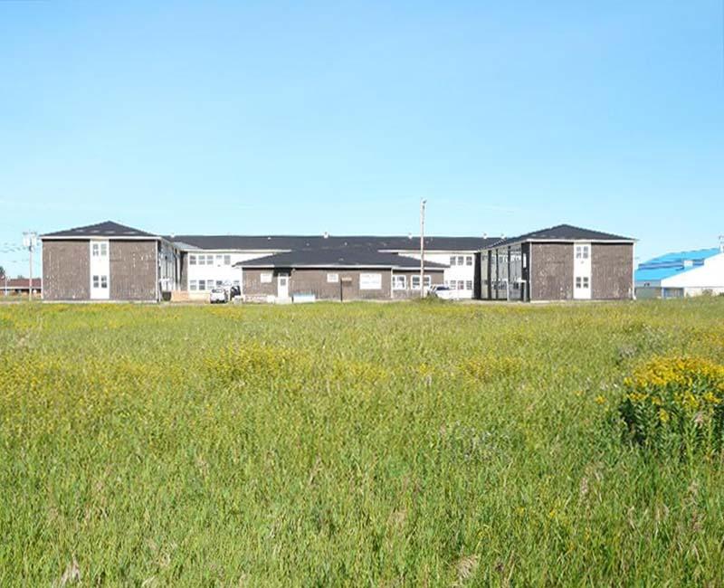 Federal Hostel At Pond Inlet building